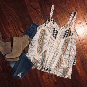 Doe and Rae boutique style tank